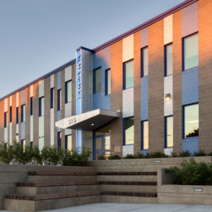Exterior photo of Alma del Mar's Sarah D. Ottiwell campus